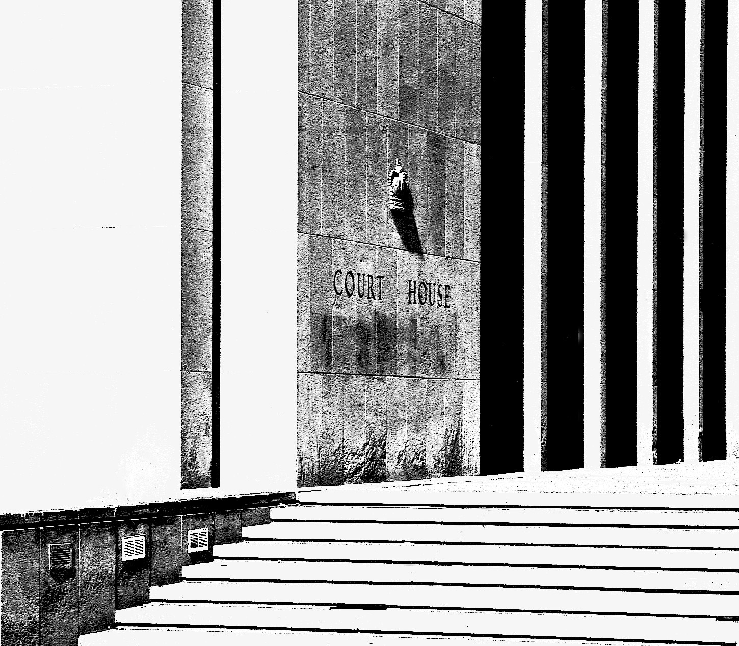 courthouse_steps